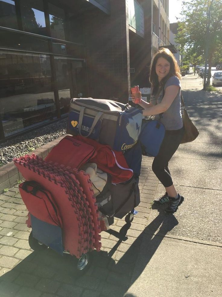 Happy to be out in the sunshine, on our way to train the staff at Pacific Derm in Vancouver!   Contact us to arrange a course for your team today: office@link2life.ca
