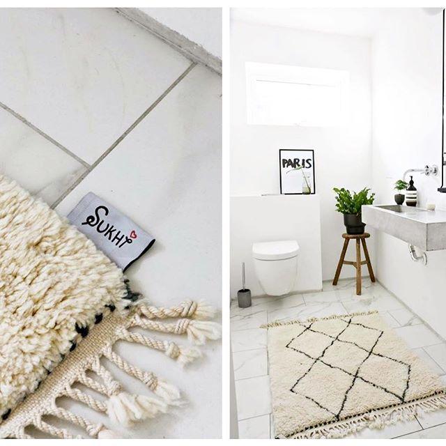 """""""Der Filzkugelteppich ist wie versprochen von guter Qualität. Die Verarbeitung ist einwandfrei und er hat keinen unangenehmen Geruch, wie es sonst bei neuen Teppichen oft der Fall ist."""" - Erfahren Sie mehr zum #Fertigungprozess von #BeniOurain #Teppichen hier: http://www.sukhi.de/die-fertigung-der-beni-ourain-teppiche"""