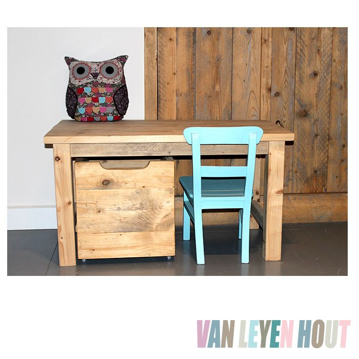 1000 images about woonkamer on pinterest interieur - Kindertafel wand ...