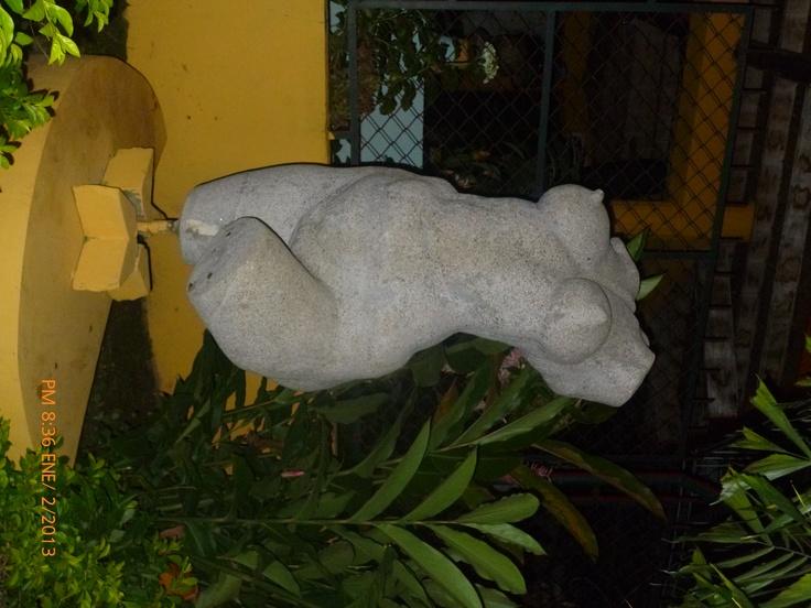 Busto mujer desnuda, Belen Caquetá, Colombia