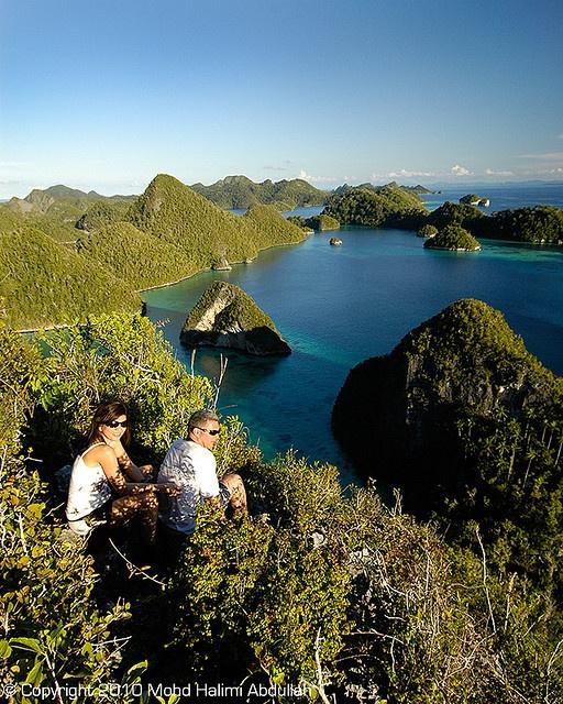 Raja Ampat, Taman Nasional Indonesia bagi wisatawan asing ;'(