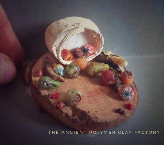 Guarda questo articolo nel mio negozio Etsy https://www.etsy.com/it/listing/523732209/miniature-fruits-over-ripe-fruits