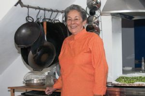 EXPATS IN FLORENCE :: June Bellamy Embracing cultures by their cuisines