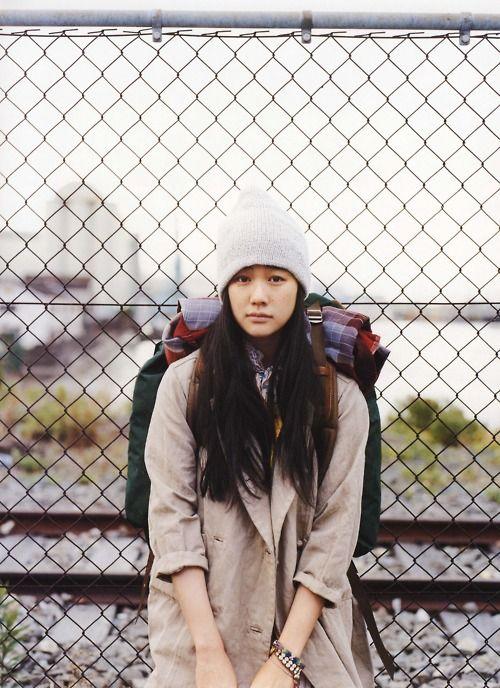 Yu Aoi: Coat, beanie, camping backpack, vintage bracelets