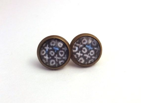 Antique Bronze Cabochon Stud Earrings - XO's