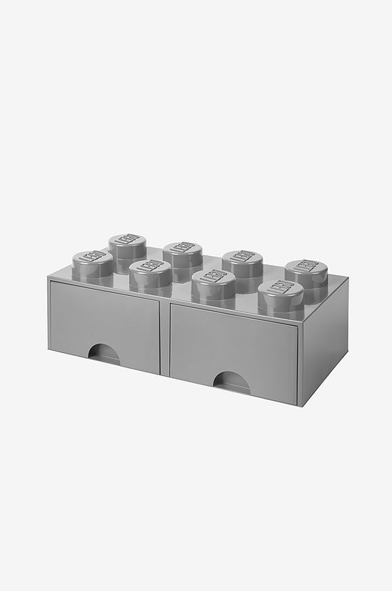 Förvara ditt LEGO eller andra småsaker i den här tuffa förvaringslådan med utdragbara lådor. Formad som en stor legobit med åtta knoppar. Både praktisk och snygg förvaring som piffar upp i barnrummet! Byggbar precis som riktigt lego vilket gör det möjligt att köpa flera förvaringsboxar i olika storlekar och bygga ihop till en byrå. Material: Plast. Mått: 50 x 25 x 18 cm. Färg: Stone Grey.