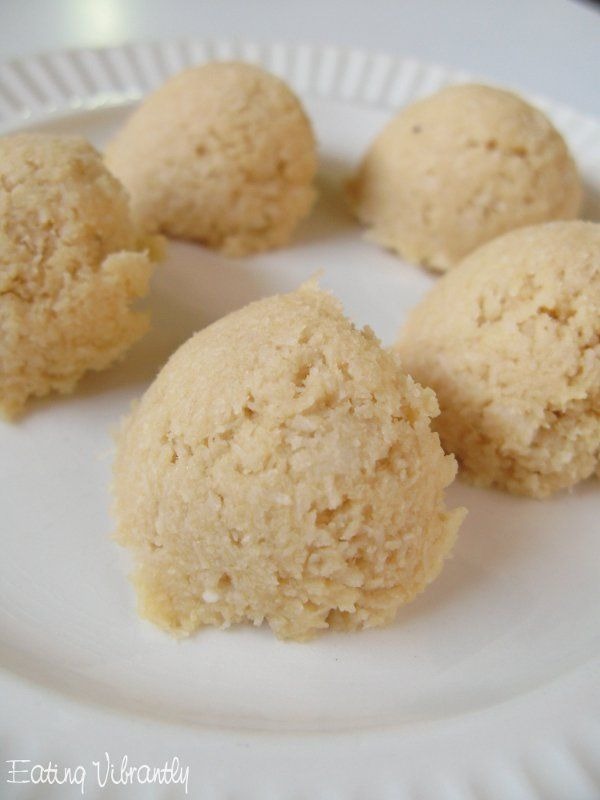 17 Best images about Raw Vegan Macaroons on Pinterest ...
