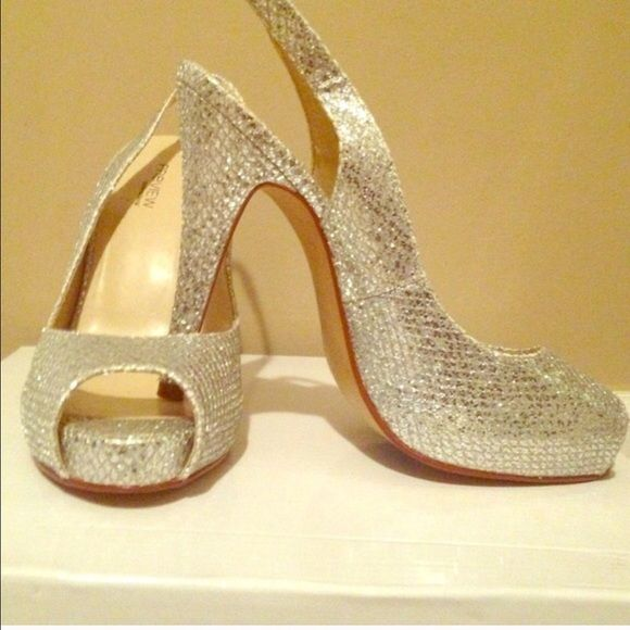Brand new preview glitter pumps Brand new from Nordstrom. Jimmy Choo style glitter sling back pumps Preview Shoes Heels