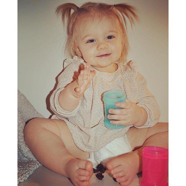 Enjoying snacks in her colorful powder boxes  #Twistshake