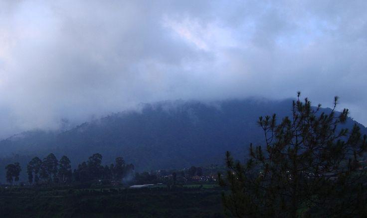 https://flic.kr/p/dJ4QK2 | mountain view in the evening