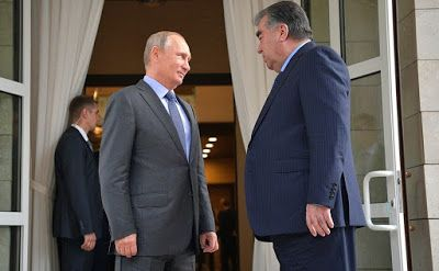 Vladimir Putin met with President of Tajikistan Emomali Rahmon in his Sochi residence, Bocharov Ruchei. The meeting of the presidents took place behind closed doors.