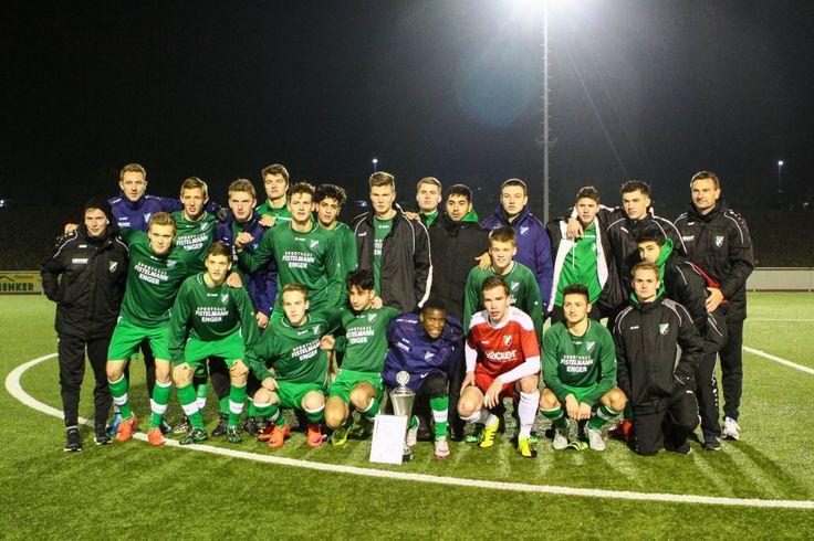 http://www.nw.de/sport/kreis_herford/herford/20633062_A-Jugend-des-SV-Roedinghausen-gewinnt-Endspiel-im-Kreispokal.html