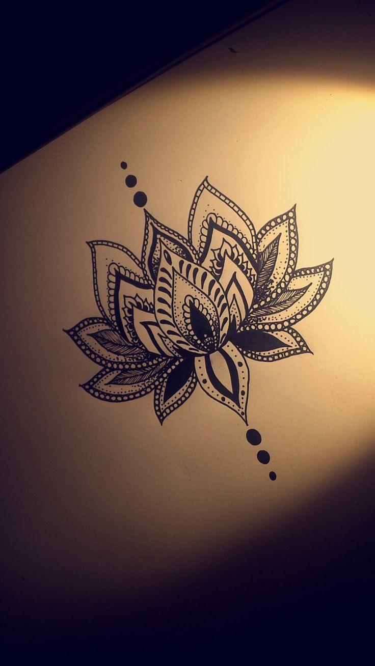 Las 25 mejores ideas sobre tatuaje de loto en la mu eca en pinterest dibujos de loto tatuaje - Mandala fleur de lotus ...