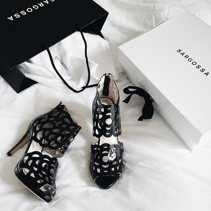 Blogger @thestrawberrybrunetter just received these gorgeous shoes. Visit our website to check out the Bloggers edition!