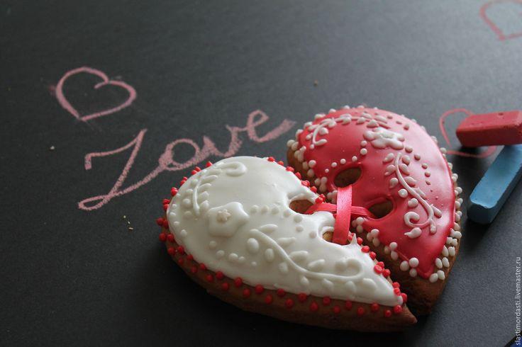 Половинки целого - комбинированный, День Святого Валентина, день свадьбы, пряники, праздники