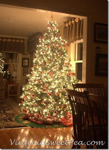340 best O' Christmas Tree images on Pinterest   Merry christmas ...