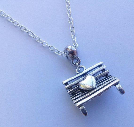 Bank hart ketting, zilveren ketting, romantische ketting, liefde, vriendin cadeau, handgemaakte sieraden, handgemaakte sieraden, Boho, schattig