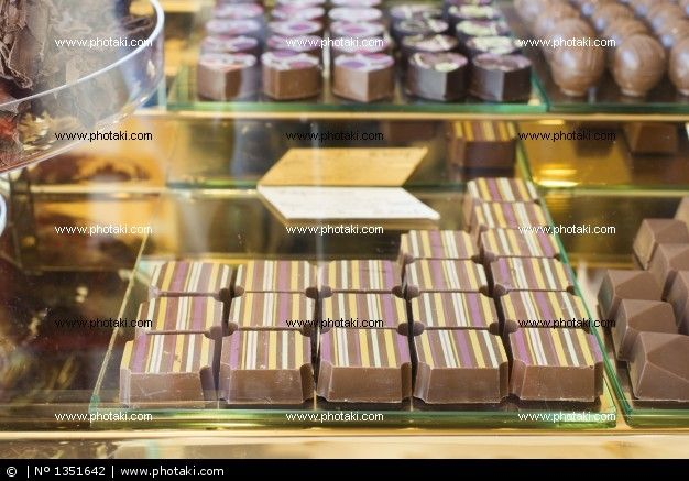 http://www.photaki.com/picture-store-chocolates_1351642.htm