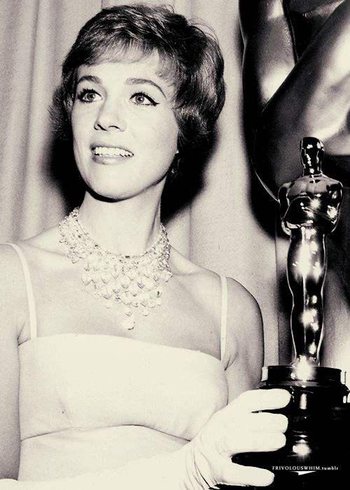 Julie Andrews and her Best Actress Oscar for Mary Poppins. 1964