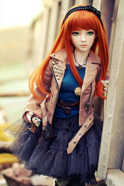 Limhwa Half Elf Ball Jointed Doll ~ pic by Lívia B.C via Flickr     #doll #bjd