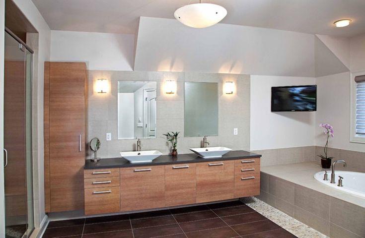 Moderne Badezimmer-Kabinette über Wanne