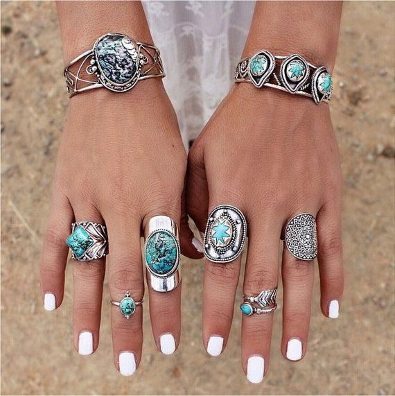 Nastas Ring  This breathtaking statement natural Turquoise Gemstone ring in Solid 925 Sterling SIlver is absolutely beautiful in its simple, solid