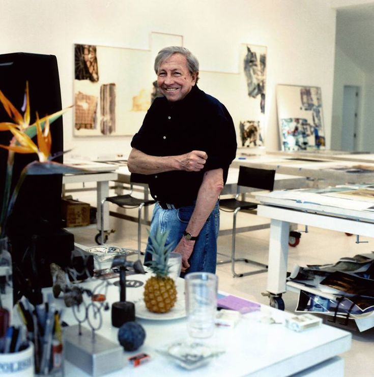 Robert Rauschenberg | 100 Famous Artists And Their Studios