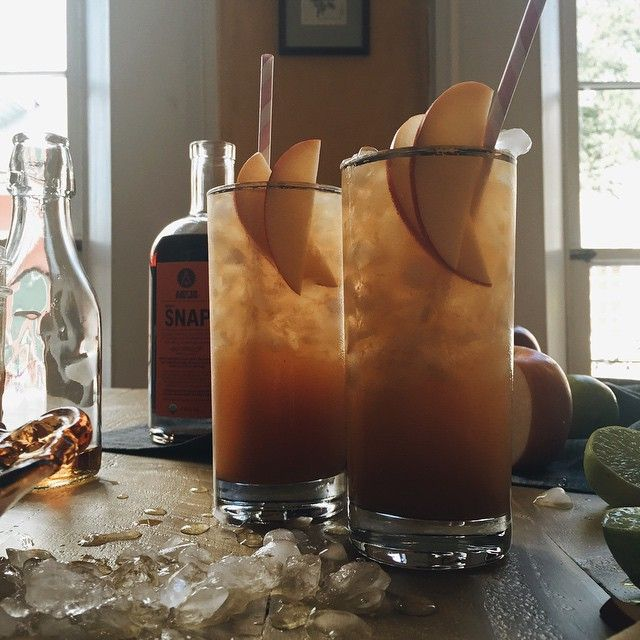 Apple Snap Cocktails. Fine and good from @artintheage