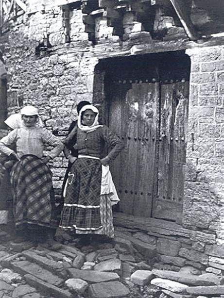 Fred Boissonnas-Μπαγιά Κήποι Ζαγορίου,γυναίκες,1913