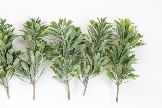 Set of 7 Artificial Succulent Bush Stems in Green - Fake succulents - artificial succulents - Item 0251