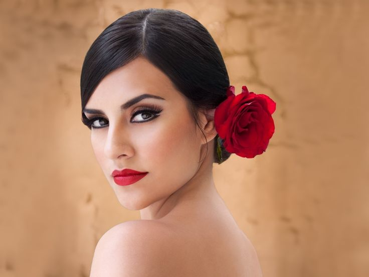 Maquillaje mujer española.
