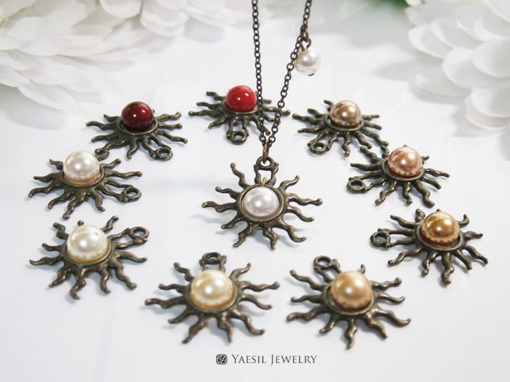 Fancy Sun Necklace, Flaring Sun Necklace with Swarovski Pearls, Mother's Necklace, Mother and Child Necklace by YaesilJewelry on Etsy