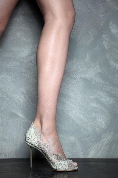 Uno de los temas que me queda pendiente por pensar para mi boda son los zapatos que llevaré. Estos dias estoy buscando mucha inspiración por...