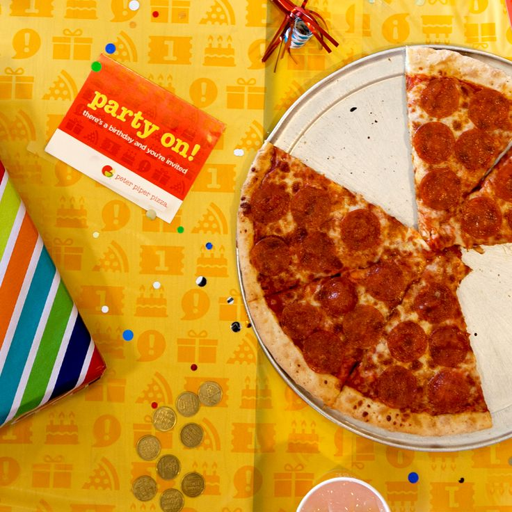 So many party venues today don't even have kitchens. Peter Piper Pizza makes quality pizzas straight from our ovens, so you know everyone will love the food. Sink your teeth into piping hot pizza!