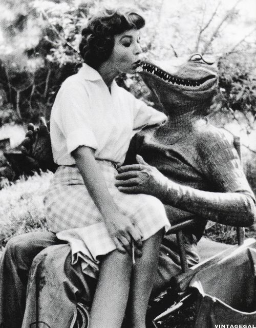 Beverly Garland taking a break on the set of The Alligator People (1959)