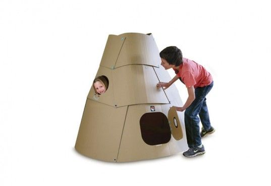 MAKEDO cardboard space pod