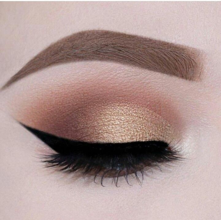 """Determine additional info on """"Cut crease"""". Browse through our website."""