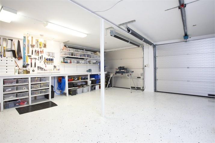 Dubbelgarage – Till salu: Vikene Solhagen, Brunskog, Arvika - Fastighetsbyrån