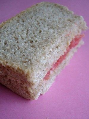 Sandwich au pamplemousse et à la purée d'amande / testé et approuvé