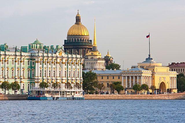Bons plans pour visiter Saint-Pétersbourg à petits prix