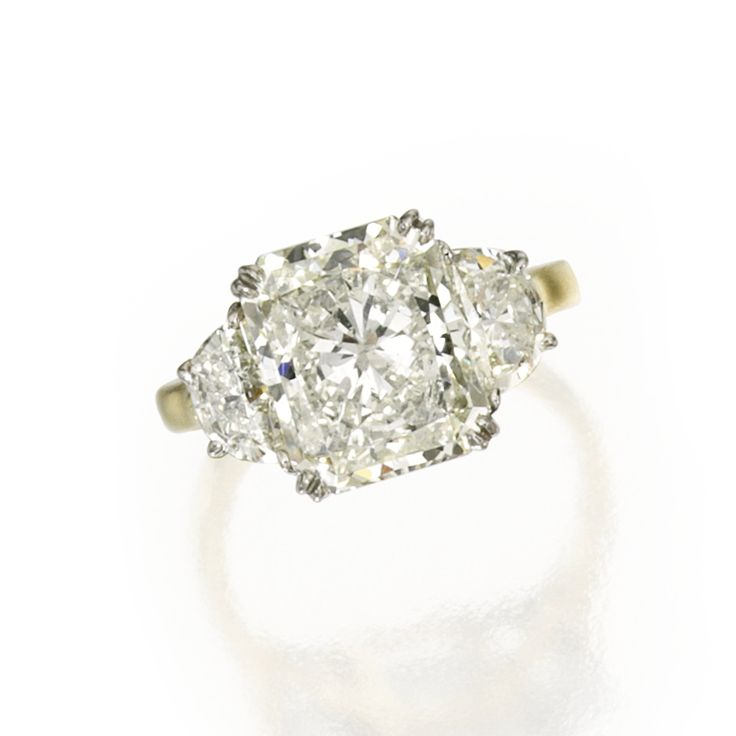18 Karat Gold, Platinum and Diamond Ring | lot | Sotheby's