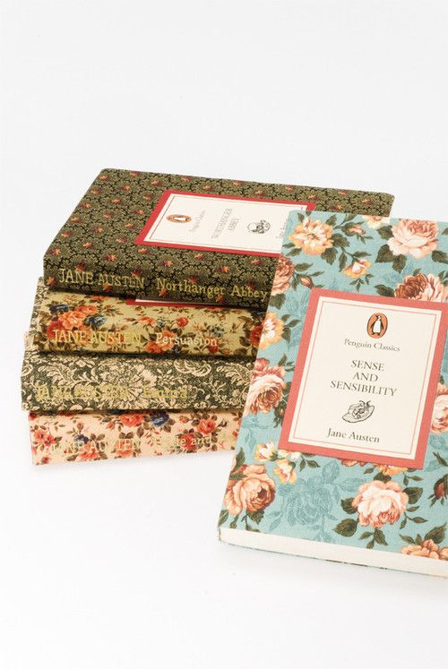 Super elegant and pretty cover to Jane Austen classics. It makes a difference when you're clasping something arty and hip.