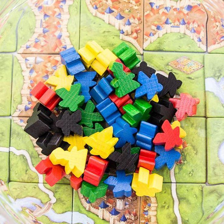 CARCASSONNE -A simple tactical game that offers a unique experiences  #carcassonne #boardgames #brætspil #brädspel #brettspill #spil