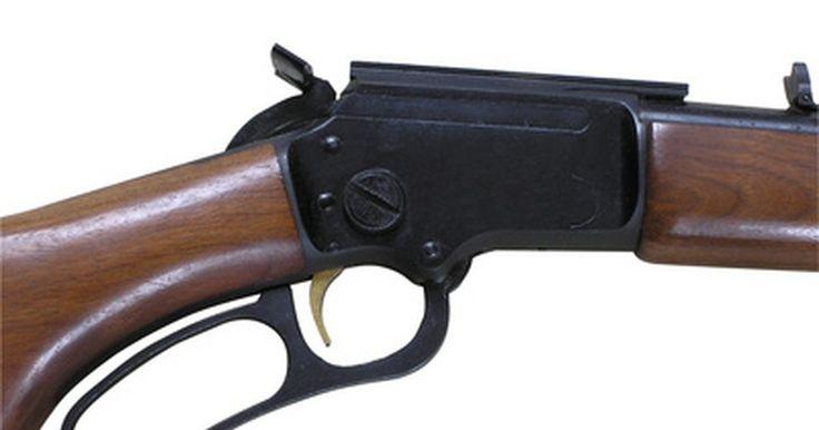 """Cómo saber la fecha de fabricación de un arma de fuego Winchester. Winchester es, por lejos, la marca de armas más famosa. El modelo 1873 es conocido comúnmente como """"El arma que venció al Oeste"""". Sin embargo, poseer cualquier arma implica tener una parte de la historia. Ya sea el famoso rifle Winchester de repetición, el rifle de caza modelo 70 de cerrojo o de cualquier otra marca es tener una parte de la ..."""