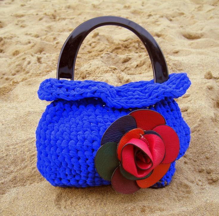 Borsa blu elettrico per una notte eclettica! Electric blue bag for an eclectic night!