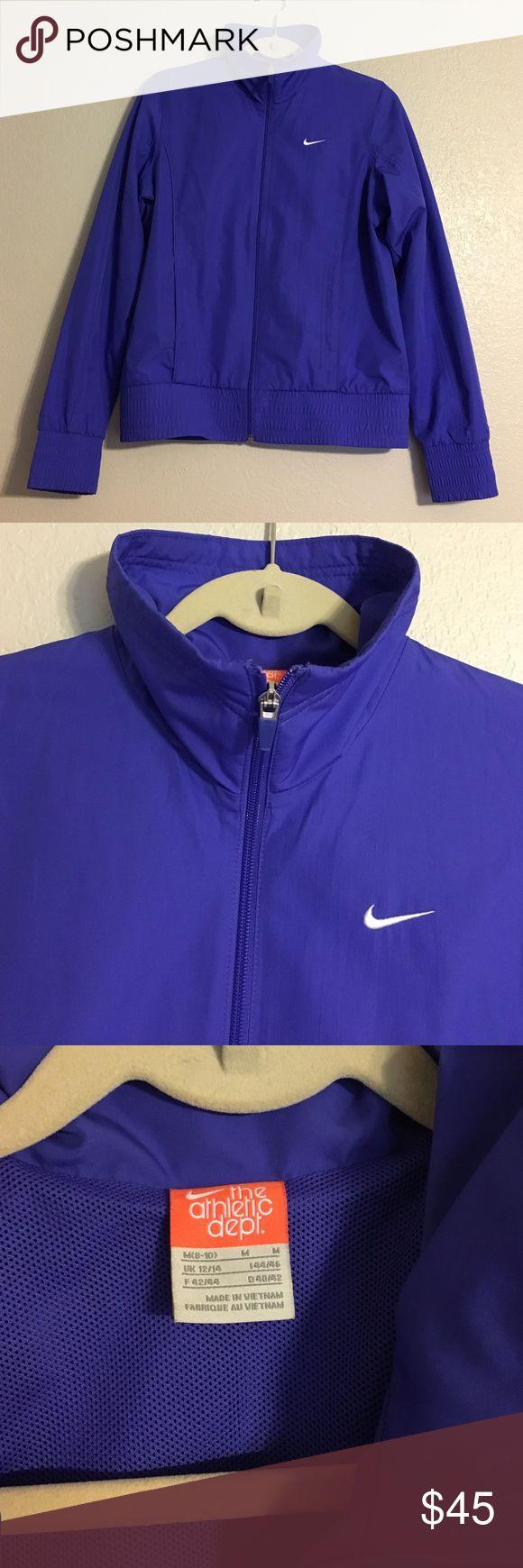 NWOT Nike Unisex DriFit Jacket Unisex drifit jacket my Nike. Waterproof, high collar, front pockets, zipper closure. M(8-10) Nike Jackets & Coats