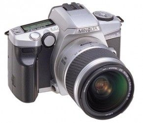 Minolta Dynax 5 Spiegelreflexkamera inkl. AF 3,5-5,6/28-80mm Objektiv