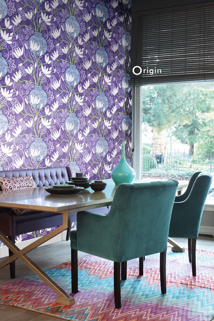 silk pinted non-woven wall covering magnolia purple. Collection Mariska Meijers, Origin - luxury wallcoverings.