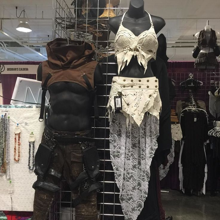 DragonCon Day 2! Come visit @deliciousboutique featuring new leather, new #crisiswear cowls, and new collections by @reneemasoomian ! Booth 2407 #deliciousboutique #alternativefashion #slowfashion #fashion #instafashion #independentdesigner...