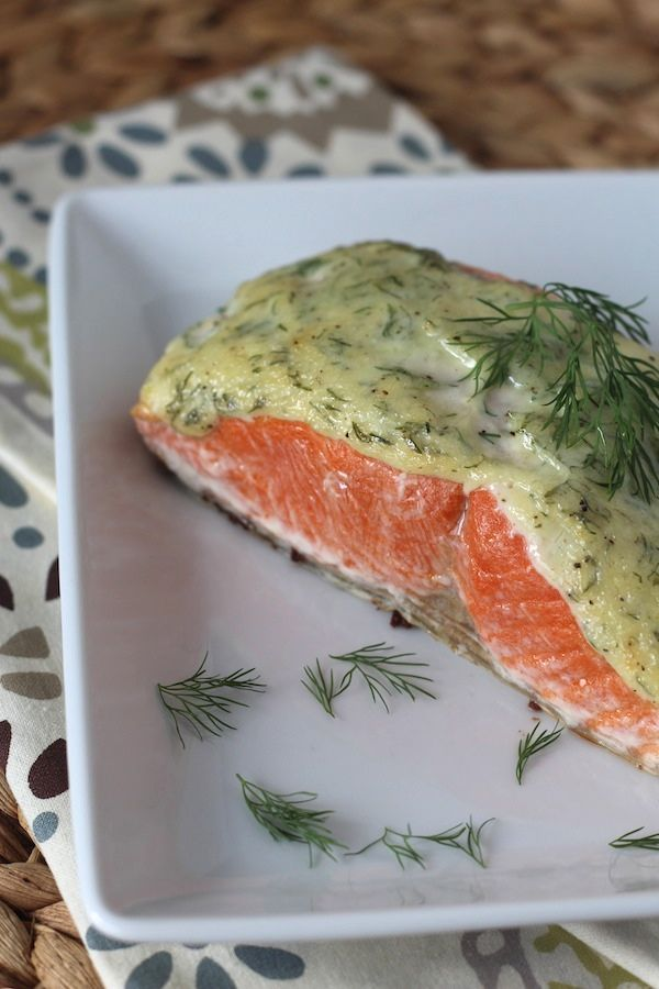 5 Ingredient 10 Minute Creamy Dill Salmon #food #paleo #seafood